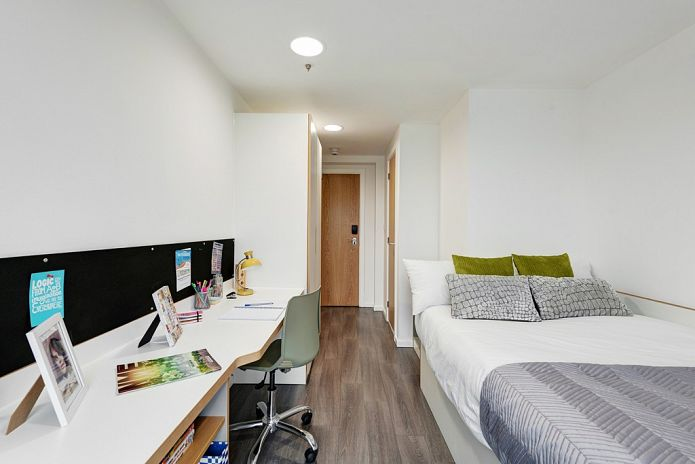 fresh-student-living-liverpool-byrom-point-07-shared-flat-bedroom-photo-04  - Low Res