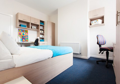 Birmingham-student-accommodation-bristol-street-bedroom-2